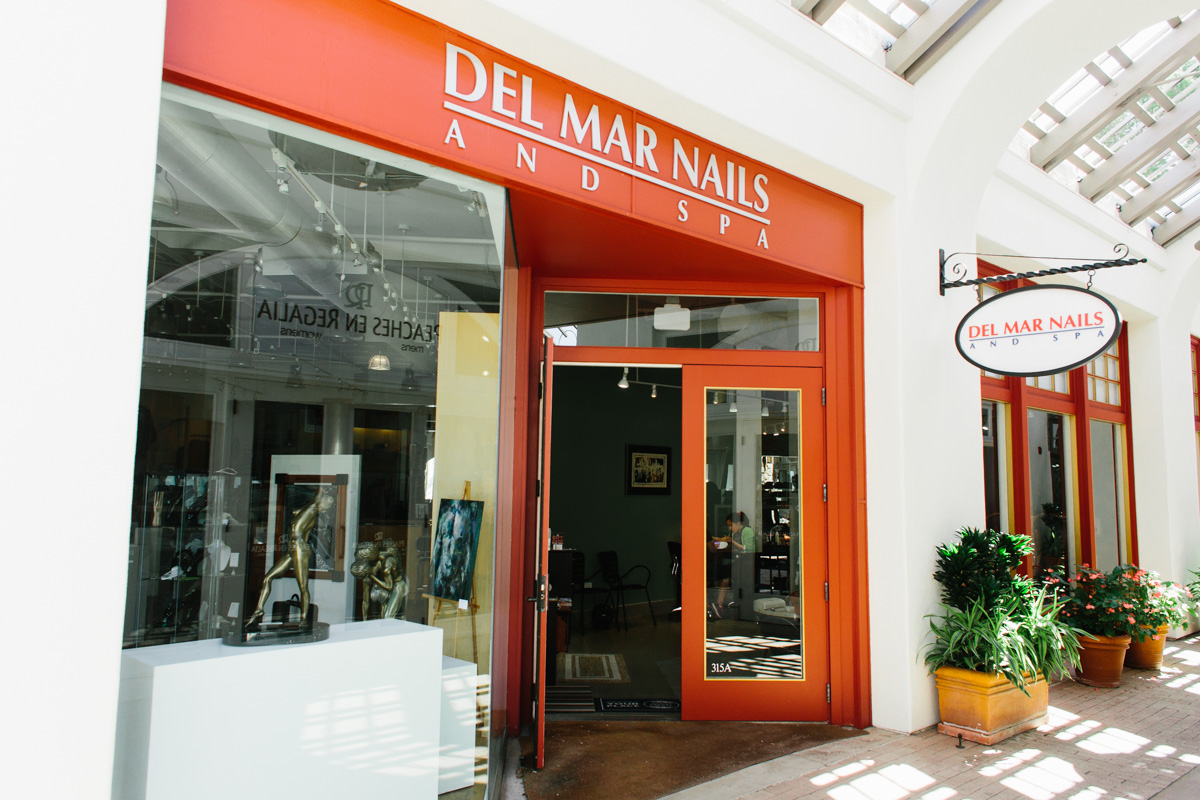 Del Mar Nails and Spa retail store with open door